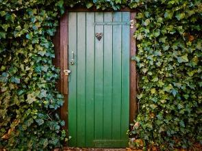door-1229144_640